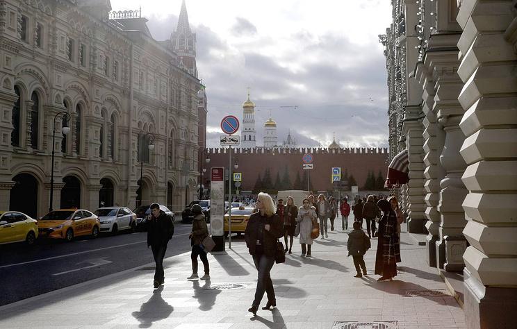 ВЦИОМ: россияне считают Жукова, Суворова и Шойгу героями Отечества всех эпох