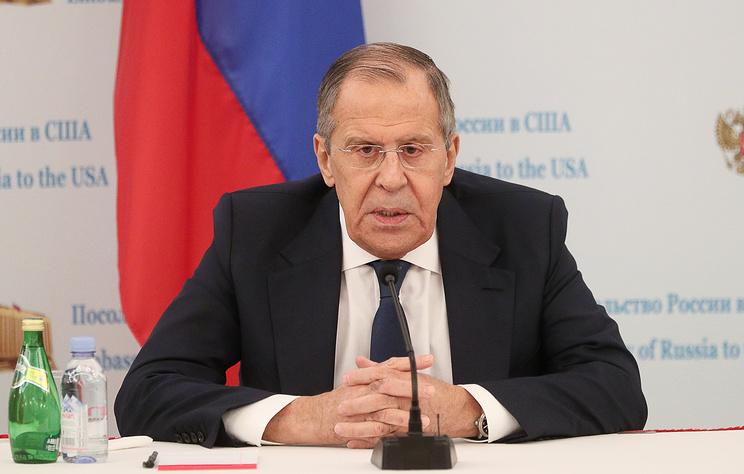 """Лавров предложил Трампу опубликовать переписку РФ и США по """"вмешательству в выборы"""""""