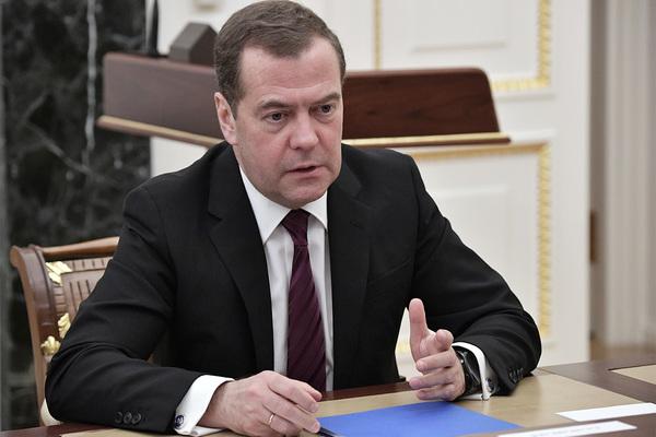 Медведев дал поручения в связи с ситуацией на Ближнем Востоке