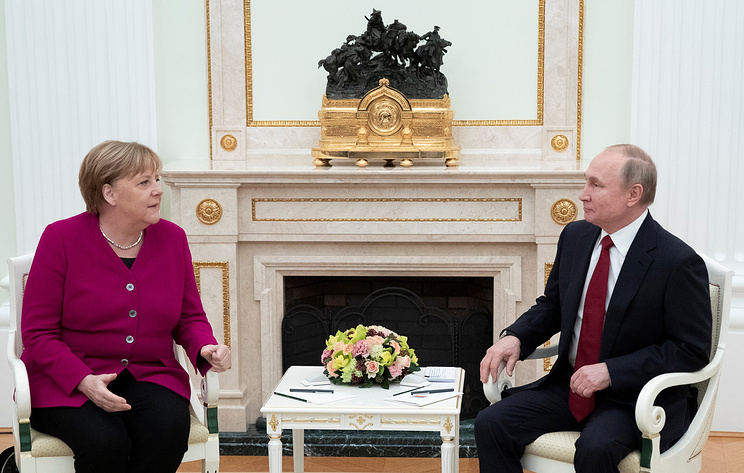 """Путин: Россия высоко ценит позицию Германии в поддержку проекта """"Северный поток - 2"""""""