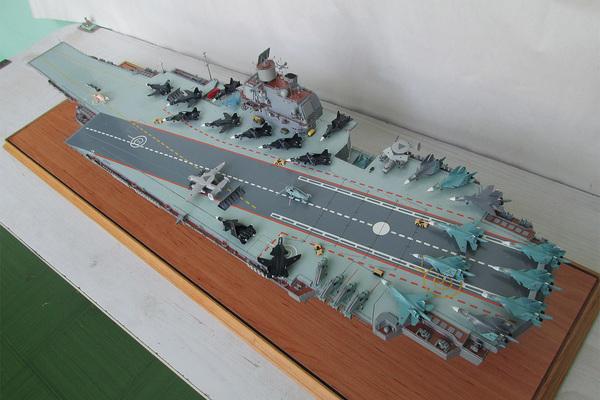 В России захотели воскресить советский атомный авианосец «Ульяновск»
