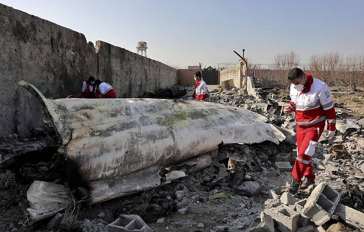 """Bloomberg: Иран заявил, что украинский Boeing был сбит двумя ракетами из ЗРК """"Тор-М1"""""""