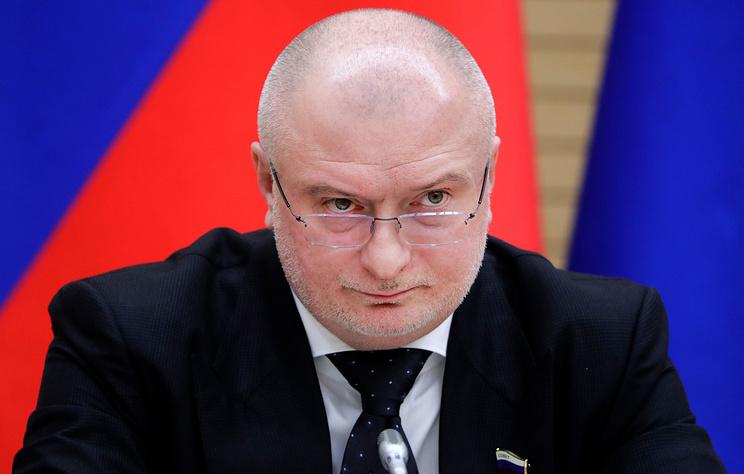 Комитет Думы предложит продлить прием поправок к Конституции РФ