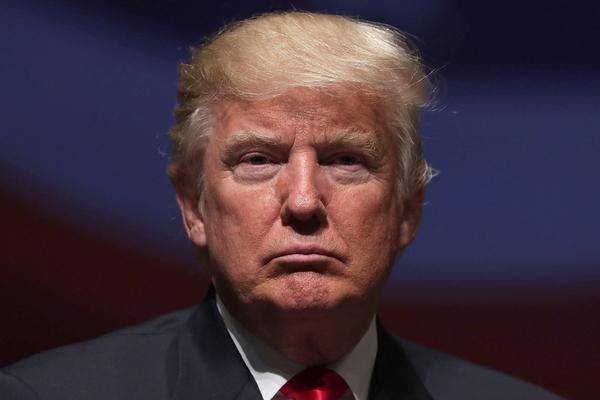 Трампу ограничили возможности по военному вмешательству в Иране