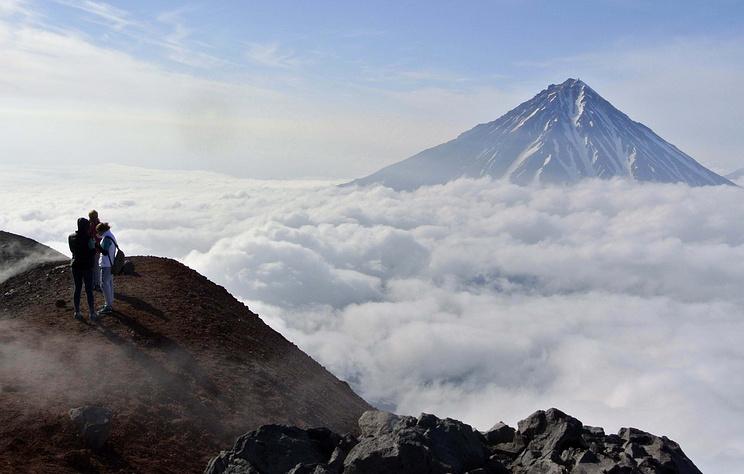 На Камчатке открыли для туристов посещение Авачинского вулкана