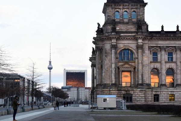 В Германии призвали покончить с санкциями против России для поддержки экономики