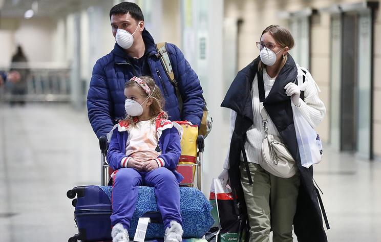 Российские туристы за границей из-за ситуации с коронавирусом ищут пути домой