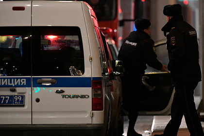 В Москве поймали угрожавшего пистолетом заправщику водителя