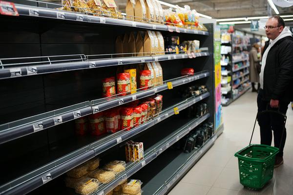 Установлены «настоящие» виновники дефицита в магазинах во время коронавируса