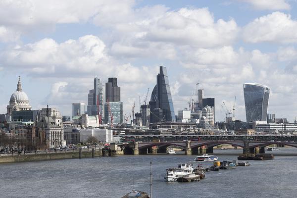Трое россиян вошли в двадцатку богатейших жителей Великобритании