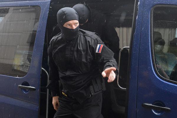 ФСБ захотела проверить защищенность систем контроля за самоизоляцией россиян