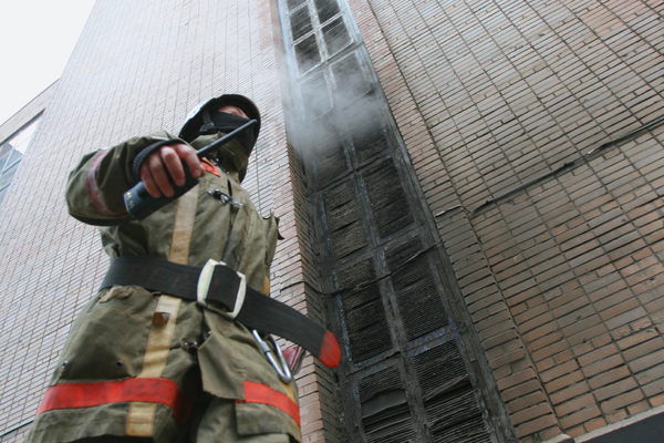 В российском городе сгорел склад с печеньем