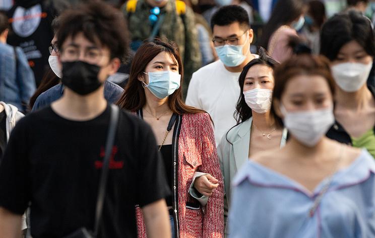 Власти Китая впервые не выявили новых случаев заражения коронавирусом