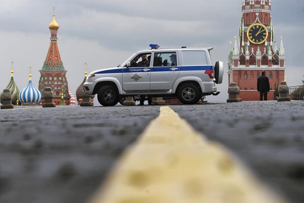 Москвичей не пустят к Красной площади в день парада Победы