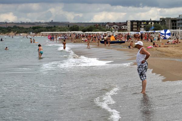 Названы российские курорты с наибольшим количеством отдыхающих мужчин