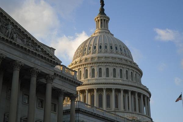 Сенаторы призвали США к незамедлительному продлению СНВ-3