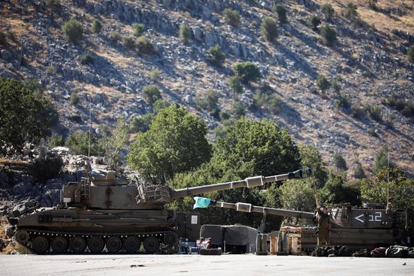 Израиль атаковал сирийскую армию в ответ на обстрел Голанских высот