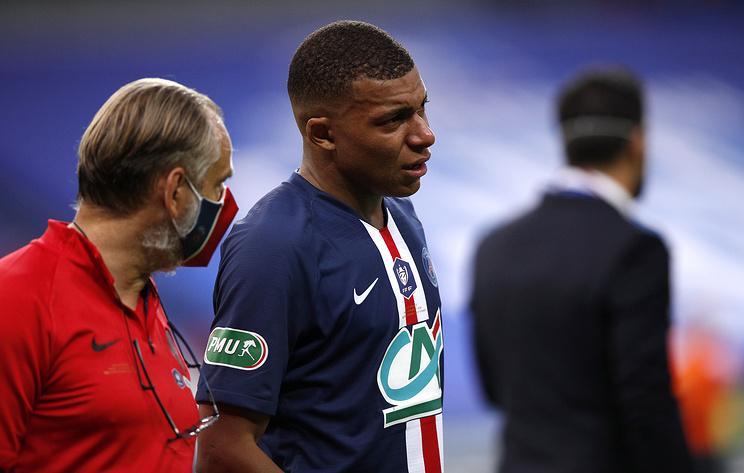 Обследование выявило у футболиста ПСЖ Мбаппе растяжение связок голеностопа