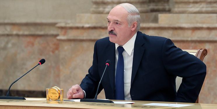 Лукашенко перенес COVID, билеты в Турцию подорожали. Главное о коронавирусе за 28 июля