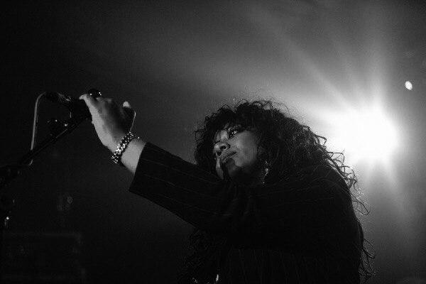 Умерла бывшая вокалистка Primal Scream