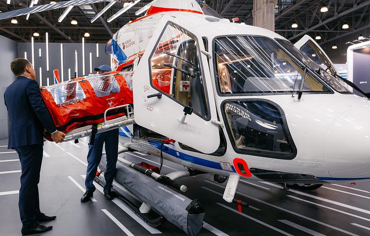 """Вертолет """"Ансат"""" получил модуль для эвакуации заразившихся коронавирусом"""