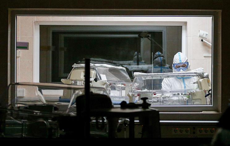 Россия пережила худшую неделю пандемии. Рост числа заразившихся трижды обновил максимум