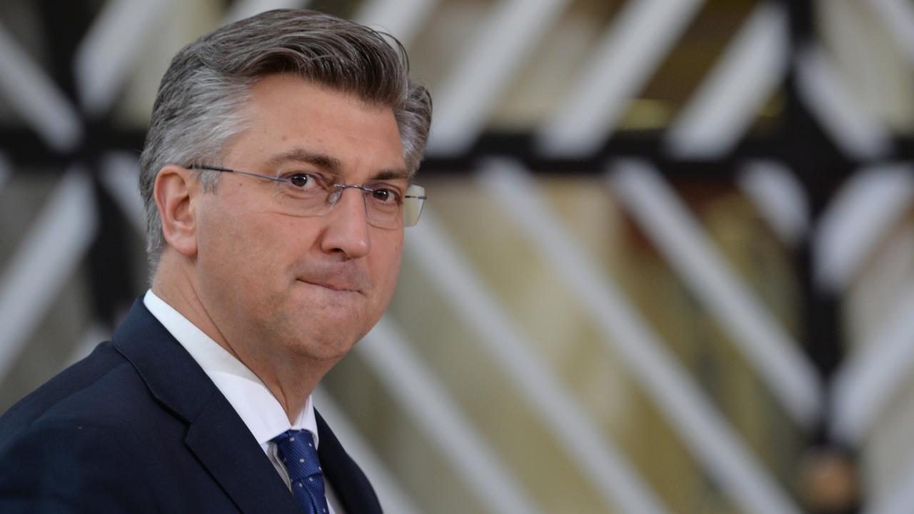 Премьер Хорватии получил письмо с подозрительным порошком и угрозами