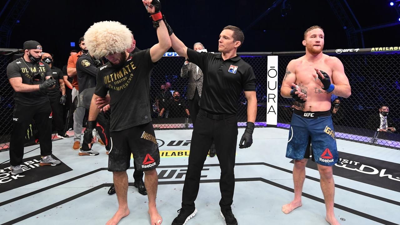 Глава UFC рассказал о переломе Нурмагомедова перед боем с Гейджи