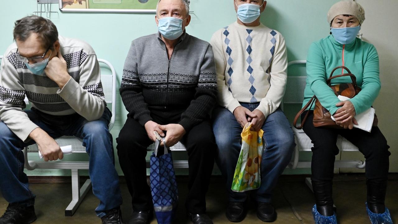 Россияне рассказали о негативных последствиях самолечения коронавируса