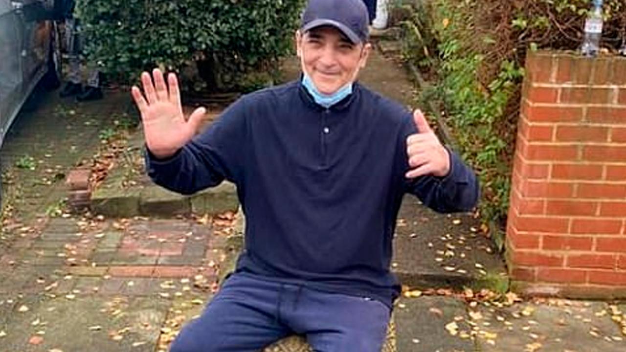 Мужчина переболел COVID-19 и был вынужден заново учиться ходить