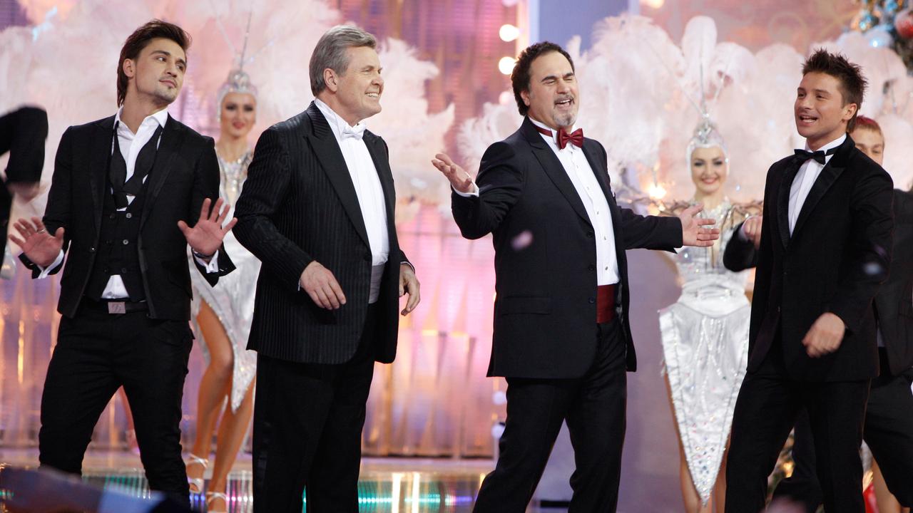 Призвавший к бойкоту новогодних шоу Меладзе не попал в пятерку звезд «огоньков»