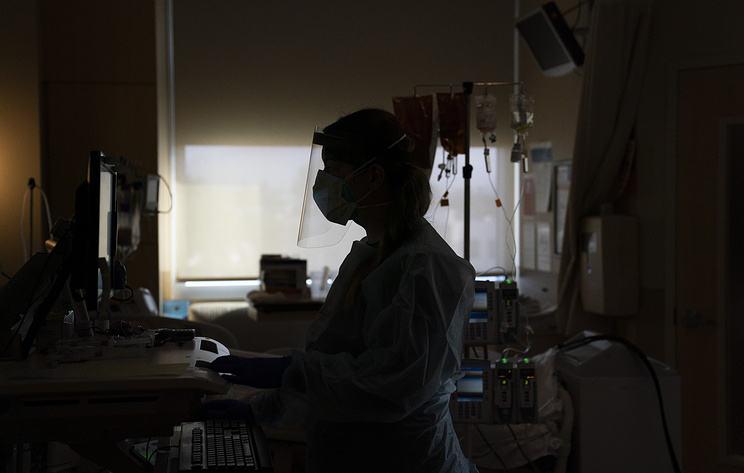 В США зафиксировали рекордный суточный прирост числа заражений коронавирусом