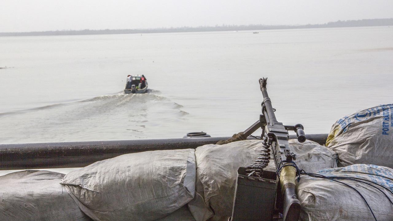 Пираты похитили россиянина в Гвинейском заливе