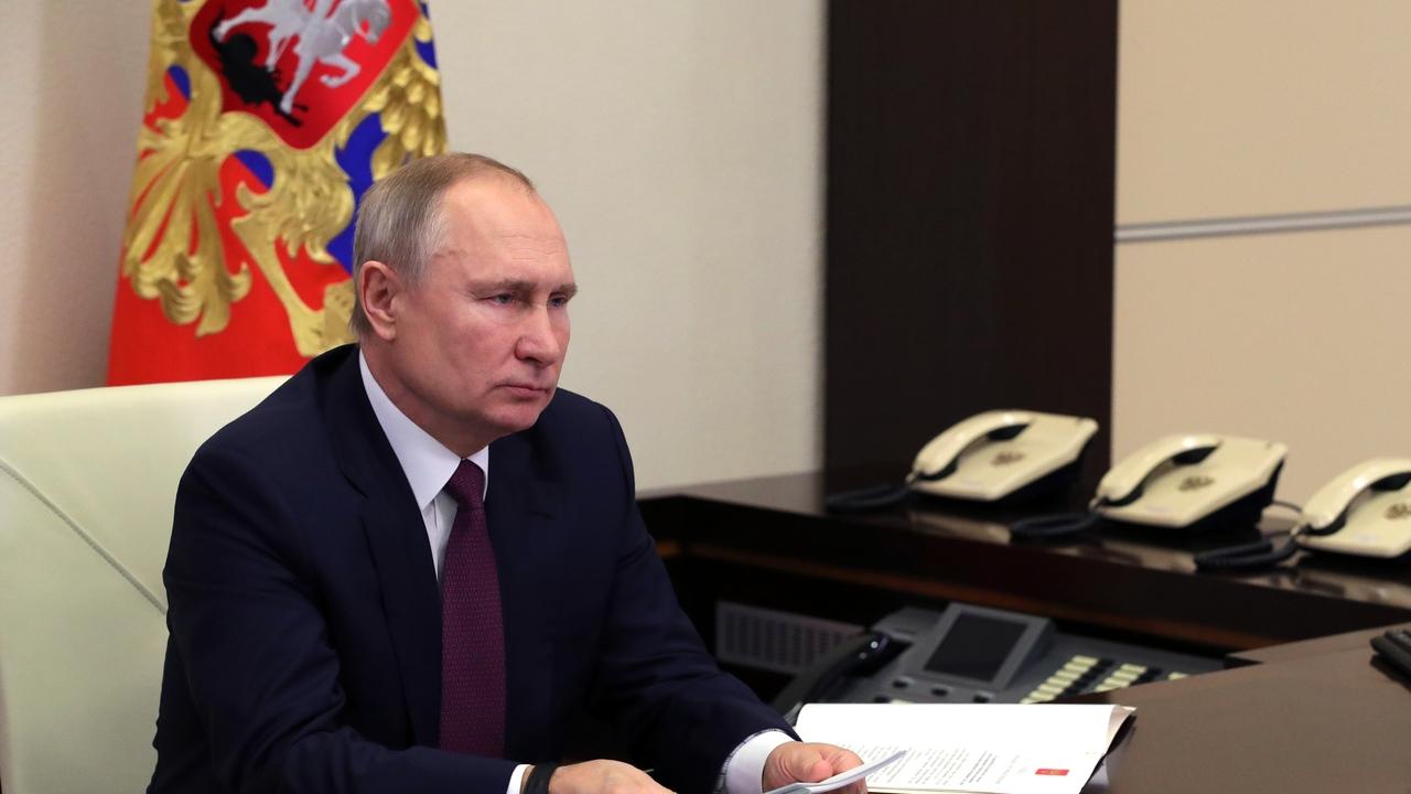 Путин заверил в способности ФСБ защитить Россию от угроз из Сирии