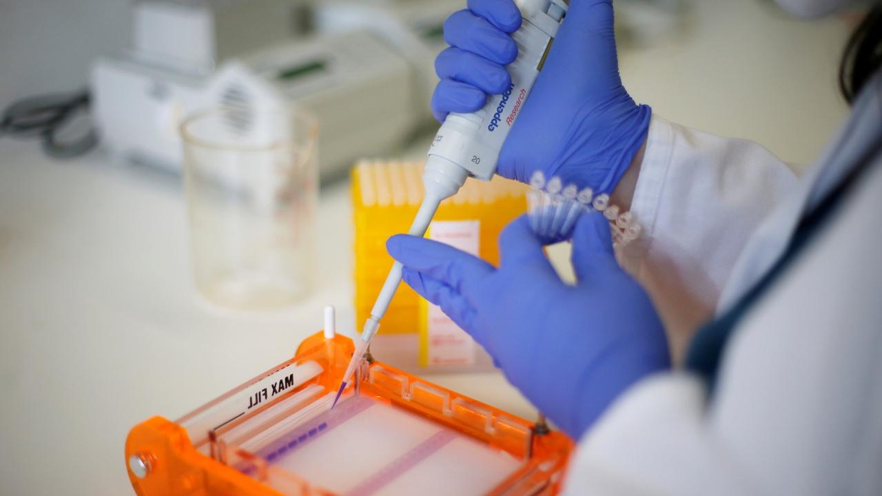 Российские ученые разработали прототип вакцины от коронавируса в виде капель