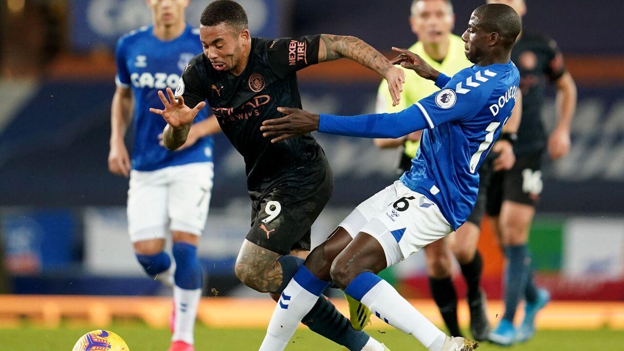 «Манчестер Сити» выиграл 12-й матч в АПЛ подряд