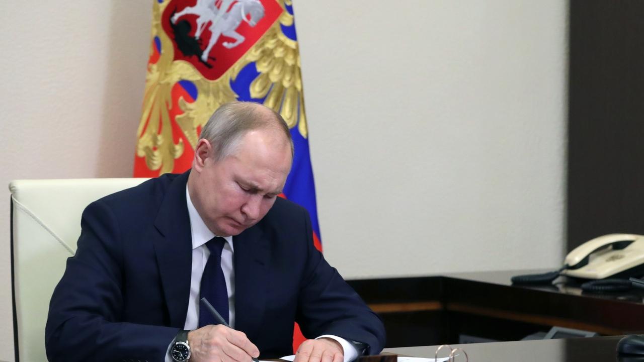 Путин одним указом присвоил 62 генеральских и адмиральских звания