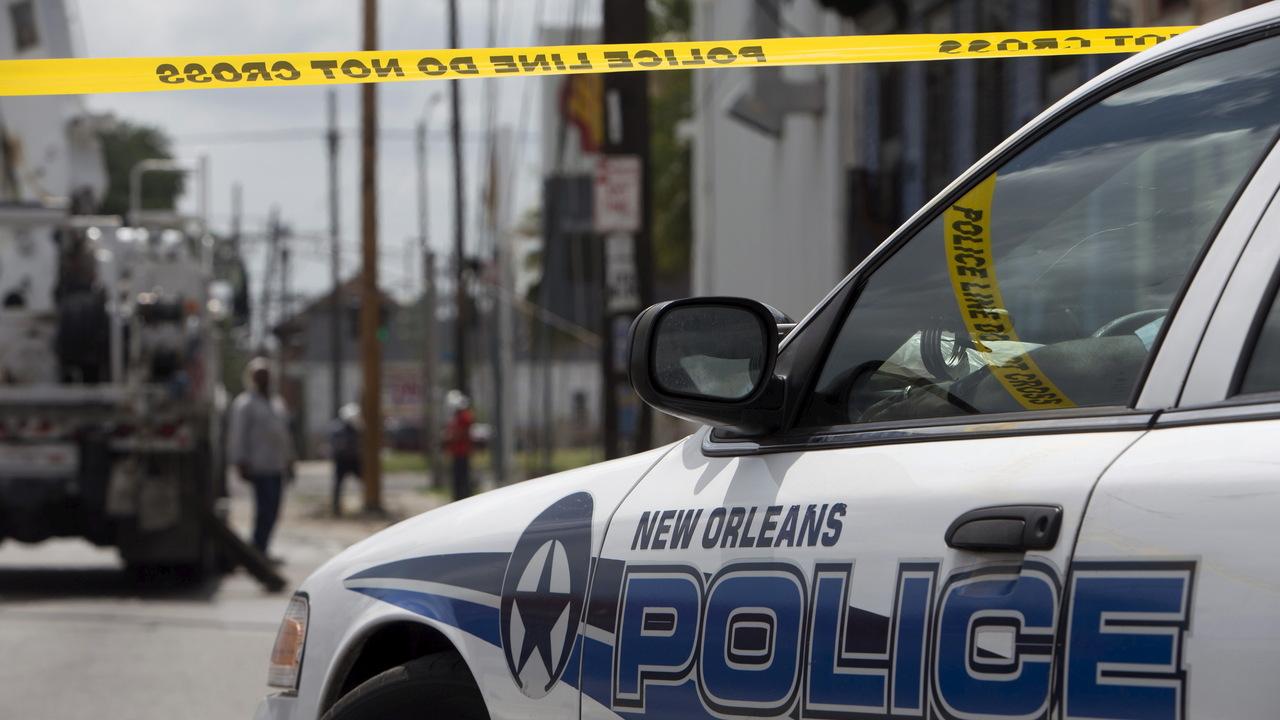 Три человека погибли во время стрельбы в американском оружейном магазине