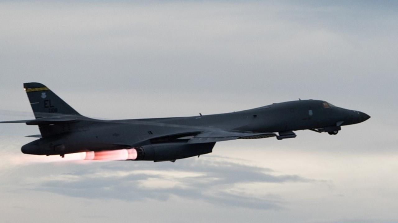 США направили в соседнюю с Россией страну стратегические бомбардировщики