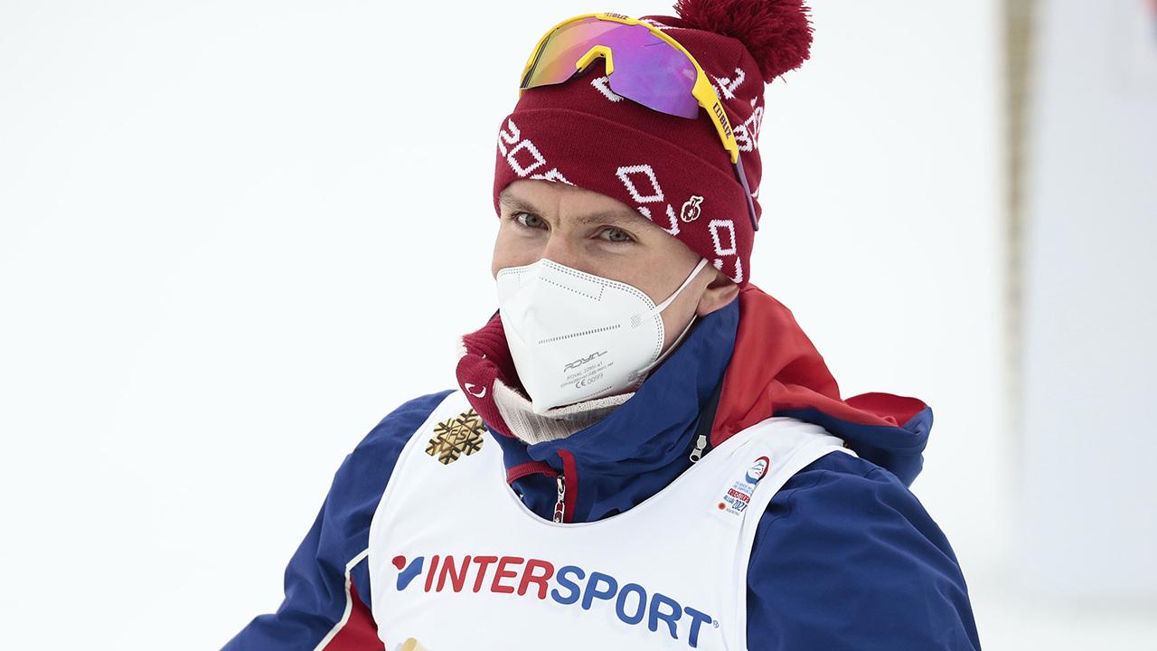 Тренер сборной России объяснил четвертое место Большунова в индивидуальной гонке