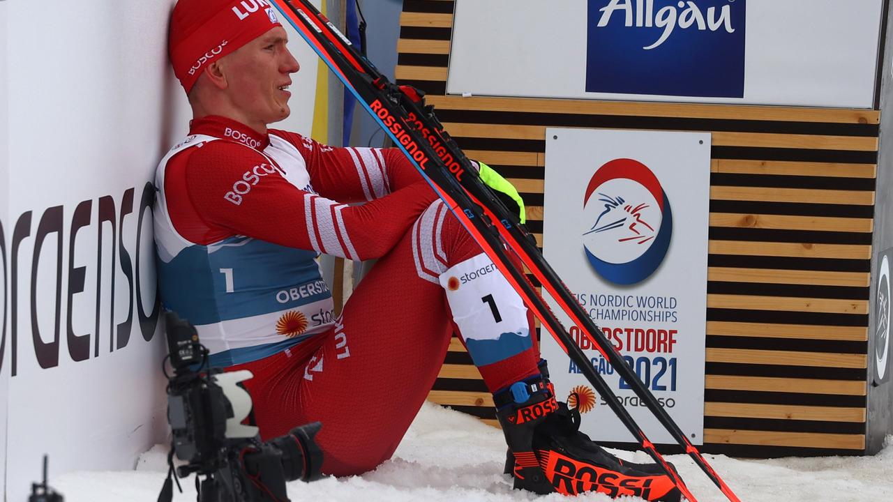 Большунов решил бойкотировать награждение после мужского марафона