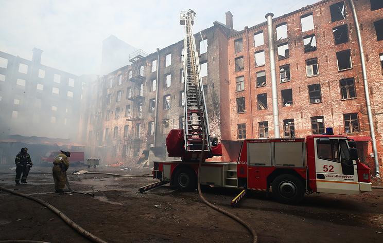 Пожар на Невской мануфактуре в Петербурге ликвидирован