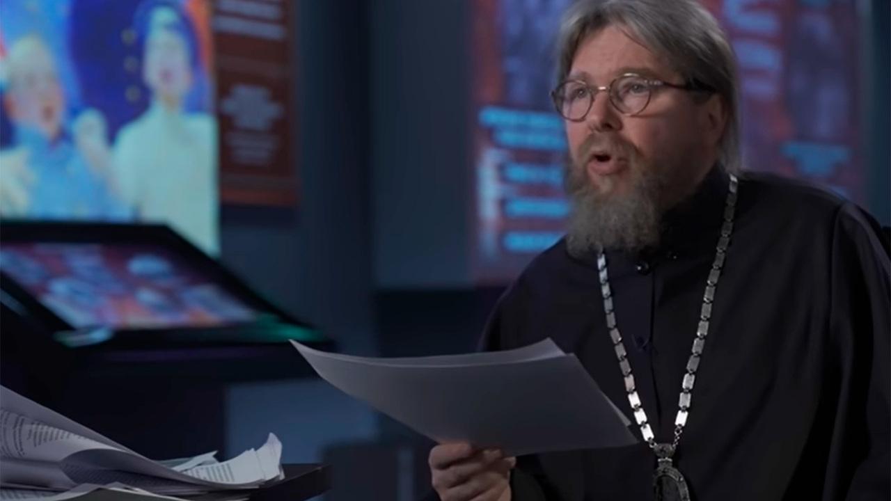 Кончаловский оценил фильм митрополита Тихона о Февральской революции