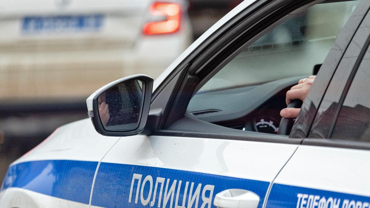 При вооруженном нападении на российскую семью погибли два человека
