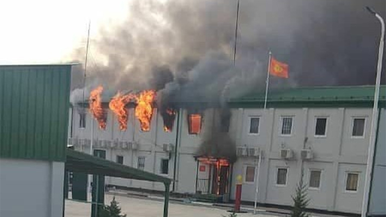 Киргизский спецназ захватил погранзаставу в Таджикистане