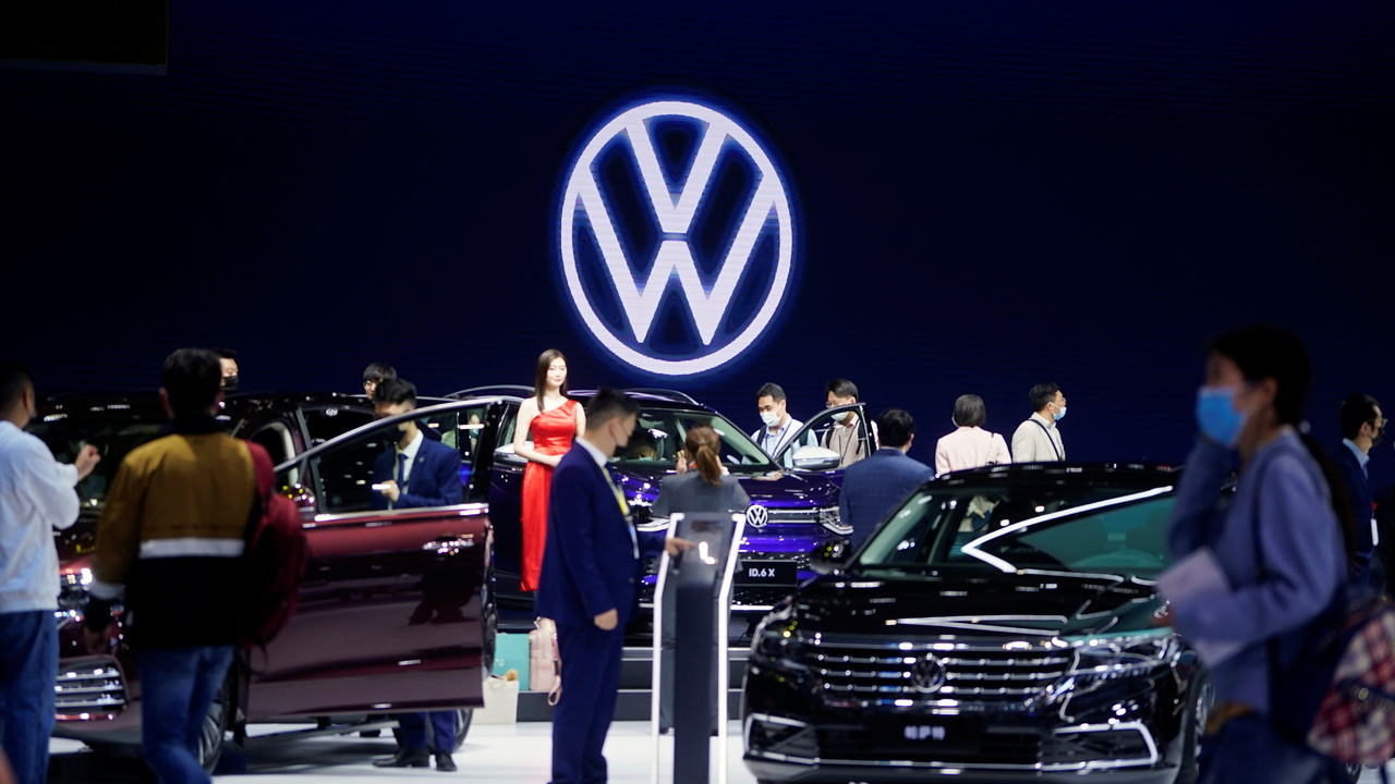 Volkswagen попал под следствие за неудачную шутку со сменой названия