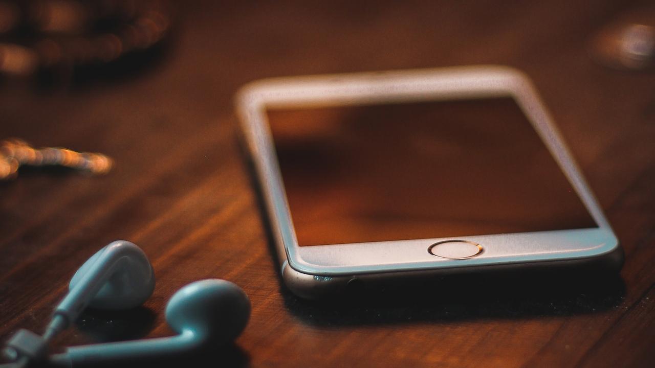 Раскрыты способы защитить смартфон при ремонте