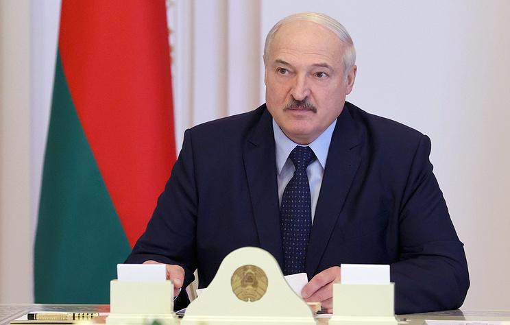 """Лукашенко лишил званий более 80 бывших силовиков за """"дискредитирующие поступки"""""""