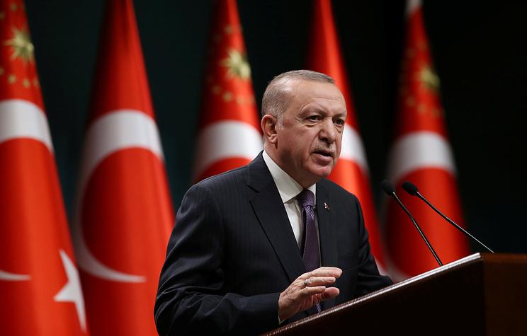 """Эрдоган заявил, Турция ожидает поставки """"Спутника V"""" в запланированные сроки"""