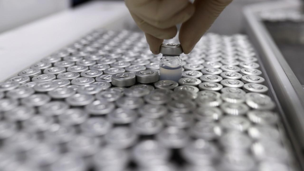 Разработчики вакцины от коронавируса выступили за отказ от патентов
